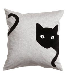 Sewing Cushions Cushion cover in jersey with a printed velvet design. Size 20 x 20 in. Sewing Pillows, Diy Pillows, Custom Pillows, Decorative Pillows, Throw Pillows, Cat Crafts, Sewing Crafts, Sewing Projects, Cat Cushion