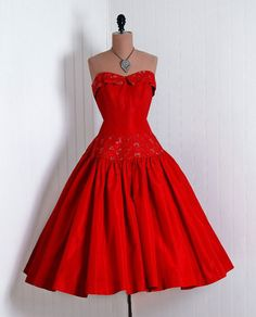 1950's Vintage Ruby-Red Sequin Embroidered-Floral Silk-Taffeta Couture Strapless Petal-Bust Rockabilly Circle-Skirt Bombshell Party Dress