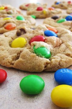 """Robbi's M&Ms® Cookies   """"Best cookies EVERR! Instead of shortening I used 2 sticks of butter and they came out PERFECT!"""" #cookies #cookierecipes #bakingrecipes #dessertrecipes #cookieideas"""