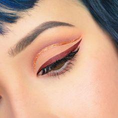 Self Taught Makeup Artist Filipino/Irish PO Box 811 Abita Springs, LA 70420-0811 rosalinayoungisaperson@gmail.com  YouTube↓