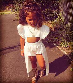 ❤️Kiera❤️ @chelseamace - #trendykidz#trendsetter#m...Yooying Cute Little Girls Outfits, Toddler Girl Outfits, Baby Girl Dresses, Kids Outfits, Trendy Toddler Girl Clothes, Cute Kids Fashion, Little Girl Fashion, Toddler Fashion, Baby Couture