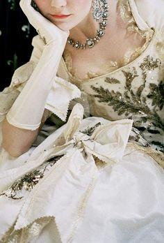 Costume... beautiful