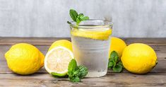 It's no secret that drinking lemon water can have miraculous effects on the body. But depending where you get your information, it can be a bit confusing on when the best time to drink lemon water … Health And Beauty, Health And Wellness, Health Fitness, Health Ads, Zero Calorie Foods, Lemonade Diet, Drinking Lemon Water, Lemon Infused Water, Health Products