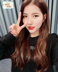 South Korean Girls, Korean Girl Groups, Gfriend Album, Gfriend Sowon, Cloud Dancer, Red Velvet Seulgi, G Friend, Kpop Outfits, Korean Singer
