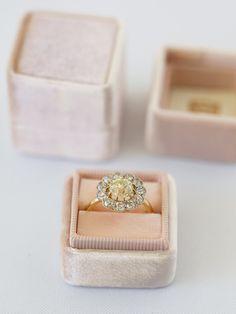 The Havenhart - The Mrs. Box - Velvet ring box