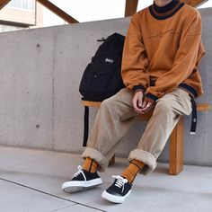 elevated lebowski-core (baggy andro silhouettes and interesting color palettes) - Men's style, accessories, mens fashion trends 2020 Mode Outfits, Retro Outfits, Vintage Outfits, Casual Outfits, Skater Outfits, Men Casual, Casual Suit, Casual Styles, Casual Blazer