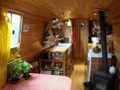 Narrow Boat, Liverpool 2006, 60ft trad. Pretty, simple kitchen area