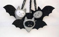 felt bat ornaments.