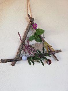 Making autumn dreamcatchers with natural materials - Kindergarten basteln Autumn Crafts, Nature Crafts, Diy Crafts To Do, Decor Crafts, Diy For Kids, Crafts For Kids, Deco Nature, Design Floral, Natural Materials