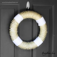 Rope Wreath Tutorial  http://www.honeybearlane.com/2012/02/rope-wreath-tutorial.html