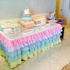 Fairy Birthday Party, Birthday Party Tables, Rainbow Birthday, Unicorn Birthday, Unicorn Party, Baby Shower Decorations For Boys, Birthday Decorations, Baby Party, Baby Shower Parties