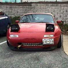 one more #tbt via @carthrottle | #TopMiata#mazda #miata #mx5 #eunos #roadster #throwback #throwbackthursday