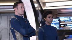 Captain Gabriel Lorca (Jason Isaacs) and Michael Burnham (Sonequa Martin-Green)