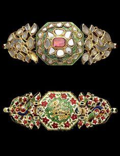 A diamond and ruby-set enamelled gold Armband (Bazuband) India, Century Real Gold Jewelry, Ruby Jewelry, India Jewelry, Statement Jewelry, Pendant Jewelry, Diamond Jewelry, Jewelery, Ancient Jewelry, Antique Jewelry