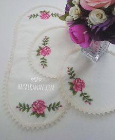 We are here again with a new sweet 😊😊 Don't forget to say Mashallah . Cross Stitch Flowers, Blackwork, Hand Embroidery, Elsa, Diy And Crafts, Girly, Lace, Sweet, Design