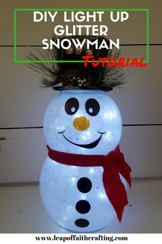 DIY Light Up Glitter Snowman! A glitter DIY snowman is such an easy and cute way to add to your Christmas decor! Cricut Christmas Ideas, Snowman Christmas Decorations, Snowman Crafts, Christmas Snowman, Diy Christmas Gifts, Christmas Projects, Holiday Crafts, Christmas Ornaments, Snowman Wreath