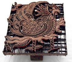 Batik Stamp made in Indonesia. Shibori, Eclectic Fabric, Batik Art, Batik Fashion, Tie Dye, Indian Textiles, Paper Artwork, Texture Art, Scrapbook Supplies