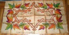 Vintage Rug Hooking pattern on Burlap Fall leaves 1930s