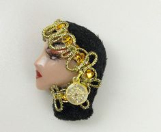 Trinity Lady Face Head Show Girl Brooch Pin by BaublesNBugs,
