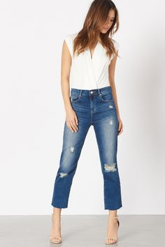 You'll no longer be a maiden in distress once you get your hands on our hottest pair of denim, the Gisele.