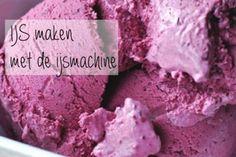 ijs maken in de ijsmachine