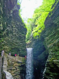 Watkins Glen State Park, New York ~Upstate NY is so beautiful, it was my first home~ Beautiful World, Beautiful Places, Beautiful Pictures, Amazing Places, Places To Travel, Places To See, Places Around The World, Around The Worlds, Watkins Glen State Park