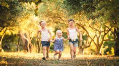 Caroline a offert pour son amie Catherine, une séance photo en famille. Quelle joie de vivre, un pur moment de bonheur que j'ai eu la chance de photographier !
