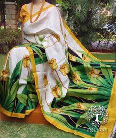 Elegant Hand Painted Bisnupur Silk Saree Best Indian Saris CLICK Visit link for more info Saree Painting Designs, Fabric Paint Designs, Floral Print Sarees, Saree Floral, Hand Painted Sarees, Hand Painted Fabric, Dress Painting, Fabric Painting, Kerala Saree Blouse Designs