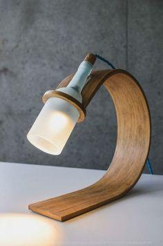 Ideas originales para hacer lámparas caseras de diseño con materiales reciclados, como palets de madera, botellas o botes, fotos y explicación para hacer una