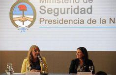 """""""Trabajamos para que las mujeres tengan igualdad de derechos en todos los ámbitos"""" Lo dijo hoy la ministra de Desarrollo Social, Alicia Kirchner, durante el acto de cierre del """"Primer encuentro de mujeres trabajando por la seguridad"""", que se realizó en el marco del Día Internacional de la Mujer."""