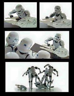 Star Wars vs Star trek - Star Wars Clones - Ideas of Star Wars Clones - Star Wars vs Star trek Star Wars Clones, Star Wars Clone Wars, Star Wars Meme, Star Wars Art, Star Trek, Images Star Wars, Star Wars Pictures, Cuadros Star Wars, Nerd Humor