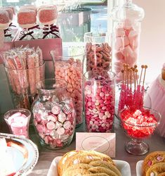 Valentine candy bar ideas (or Breakfast. Lunch. Dinner.)