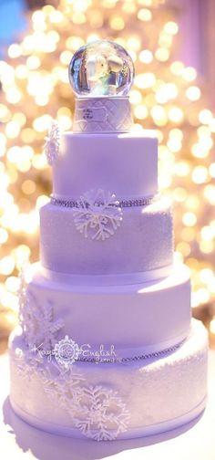 lavender winter wedding cake www.dreamyweddingideas.com lilac lavender