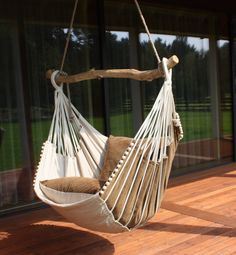 Hammock chair by Chilloutchair on Etsy https://www.etsy.com/listing/161079324/hammock-chair