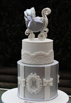 vintage silver pram cake