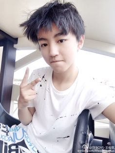 Karry Weibo update translation : the first sail! Exciting! Can't manage my hairstyle. #王俊凯 #boyband #karrywangjunkai #karrywang #karry #wjk #wangjunkai #wangjunkaikarry #TFBOYS #tfboyskarry #tfboyswangjunkai #cpop #cute #cutest #chineseactor #chinesesinger #singer #actor #handsome #왕준카이 #왕준개 #王俊凱 #TFBOYS王俊凯 #TFBOYS王俊凱 #TFBOYS #TuấnKhải #VươngTuấnKhải #わんじゅんかい #じゅんかい #ワンジュンカイ #tf家族 #小凯 #小螃蟹 #帅 #cool #idol #popstar #왕준게 #왕준캐 #beauty #beautiful #かっこいい #可愛い #star #asian #asianstar #celebrity