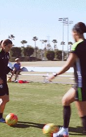 Tobin Heath nutmegging people before training sessions