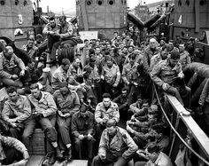 Photo - U. servicemen attend a Protestant service aboard a landing craft before the D-Day invasion, June Unit patches on the sold. D Day Normandy, Normandy Beach, Normandy France, D Day Invasion, Normandy Invasion, D Day Landings, Landing Craft, Juni, World War Two