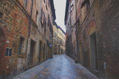 #road #volterra #italy #art
