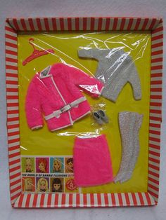 Mod Barbie c. remember looking through the racks of Barbie clothes--all hung on prongs Barbie Paper Dolls, Play Barbie, Mattel Barbie, Barbie And Ken, Barbie Stuff, Vintage Barbie Clothes, Vintage Dolls, Barbie Wardrobe, Barbie Outfits