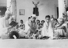 Indira Nehru and Feroze Gandhi, wedding, 1942