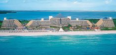 5 Star Cancun Hotel Zone Resort.   #resort #travel #holiday #beautifulplace #cancun #mexico