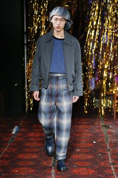 Défilé Nicholas Daley automne-hiver 2019-2020 Homme - Madame Figaro Figaro, Madame, Autumn Fashion, Men, Style, Fire, Fall Winter, Men Styles, Swag
