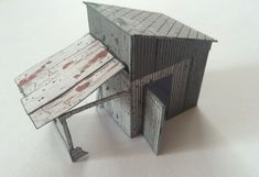DayZ - Wooden Cottage Free Building Paper Model Download