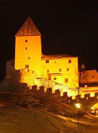 Burg Mauterndorf bei Nacht