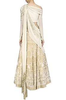Gaurav Gupta presents Calico ecru pearl and cutdana embroidered saree lehenga available only at Pernia's Pop Up Shop. Western Dresses, Indian Dresses, Indian Outfits, Indian Attire, Indian Ethnic Wear, Indian Designer Outfits, Designer Dresses, Sangeet Outfit, Indian Wedding Gowns