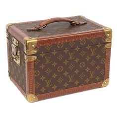 Louis Vuitton Vanity Case ❤ liked on Polyvore featuring beauty products, beauty accessories, bags & cases, bags, fillers, louis vuitton, suitcases and louis vuitton perfume