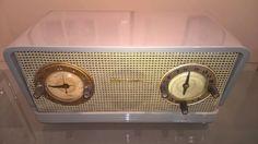 Rádio Valvulado Com Relógio Rca Victor - Raridade Anos 50 - R$ 499,00 em Mercado Livre