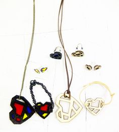 I make accessories from acrylic, balsa wood and cutting sticker, to cutting using laser.