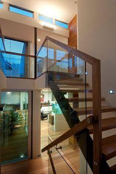 #Escaleras y #parquet de madera - #Interiores